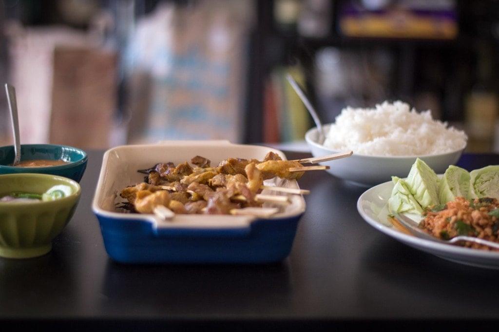 simple-thai-meal-lap-satay