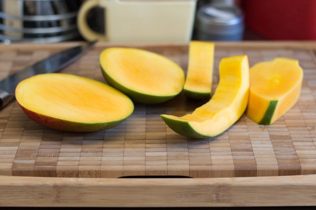 how-to-cut-a-mango-4
