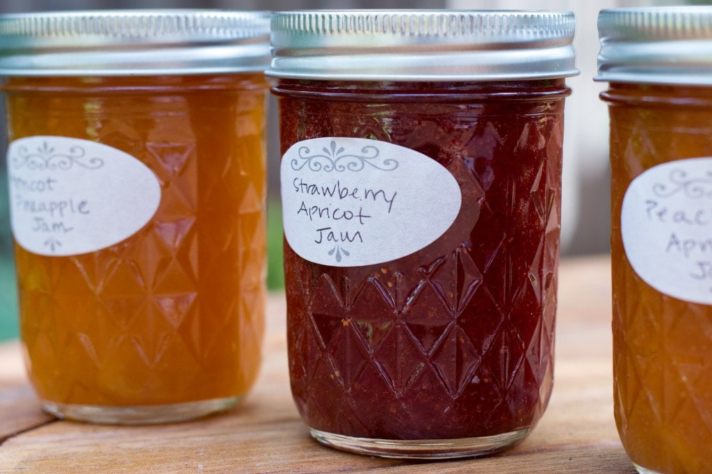 quilted jam jars with labels