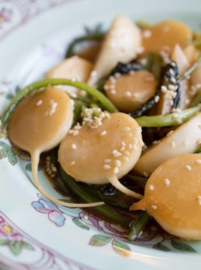 harukei-turnips-broad-fork