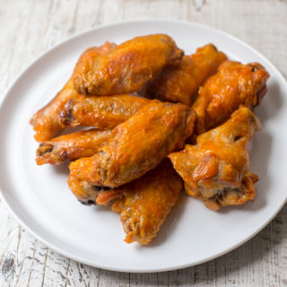 2-Ingredient Air Fryer Hot Wings